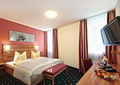 Hotel Panorama Heidelberg Junior Suite Schlafzimmer