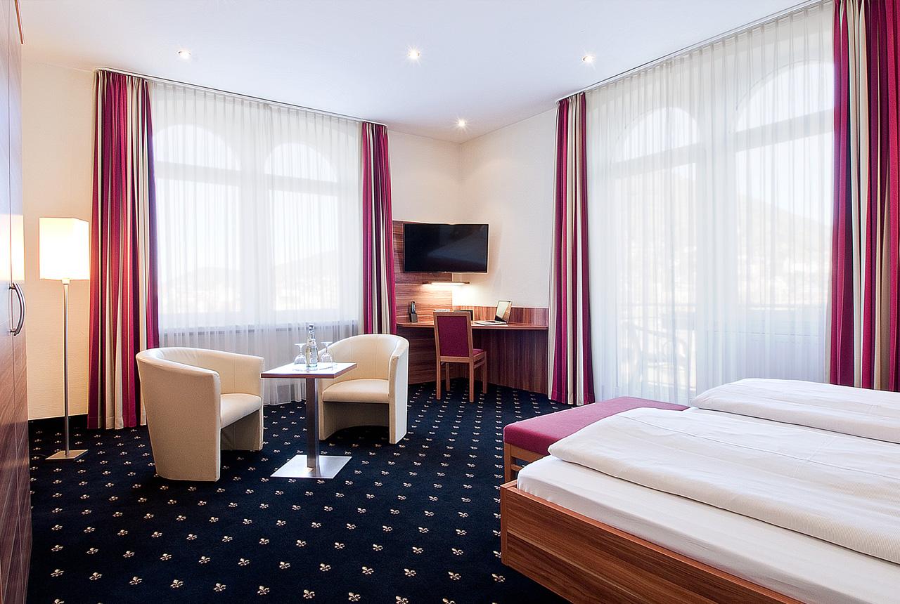 Deluxe Doppelzimmer mit Blick auf den Neckar